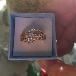 Beautiful fashion ring
